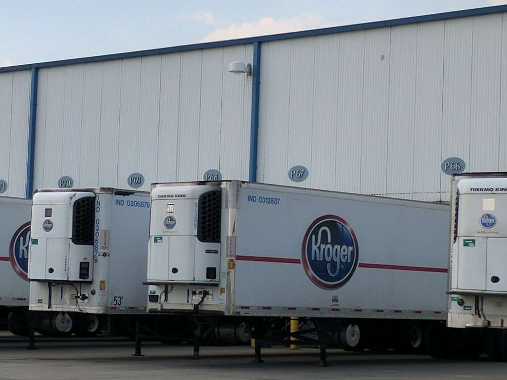Kroger Warehouse - storage  | Photo 5 of 10 | Address: 4301 County Rd 125 W, Shelbyville, IN 46176, USA