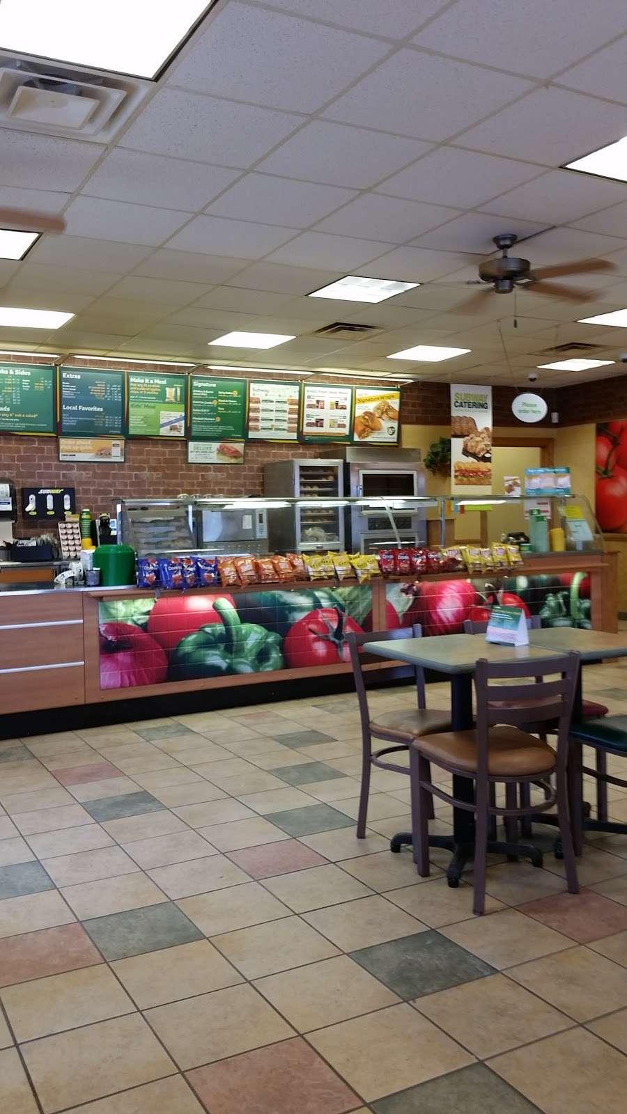 Subway - restaurant  | Photo 3 of 5 | Address: 199 E Main St, Russiaville, IN 46979, USA | Phone: (765) 883-3000