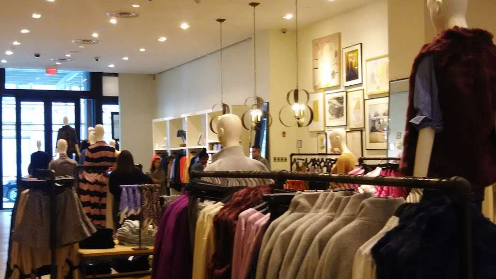 J.Crew - clothing store  | Photo 10 of 10 | Address: 91 5th Ave, New York, NY 10003, USA | Phone: (212) 255-4848