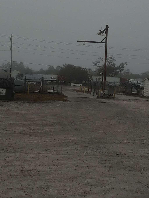 Schneider Trucking Inc. - moving company  | Photo 3 of 3 | Address: 620 Thorpe Rd, Orlando, FL 32824, USA | Phone: (800) 558-6767
