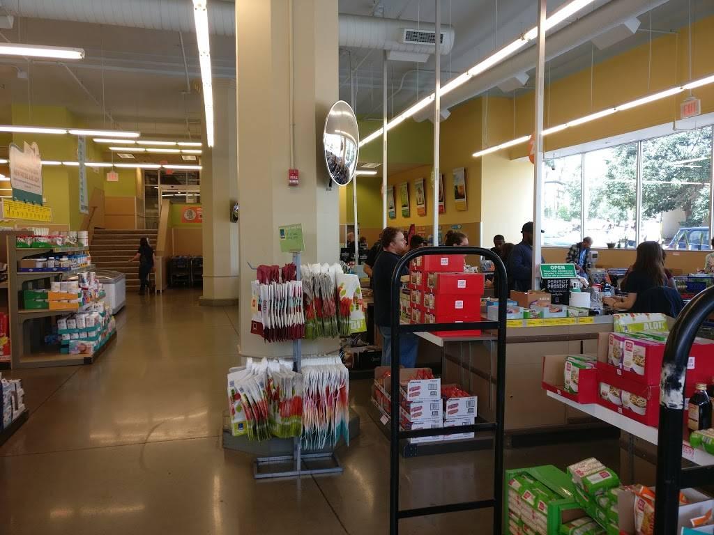 ALDI - supermarket  | Photo 1 of 7 | Address: 5631 Baum Blvd, Pittsburgh, PA 15206, USA | Phone: (855) 955-2534