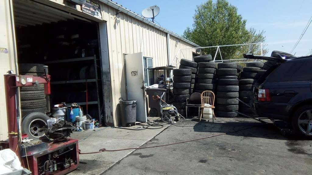 Used And New Tires Erasmo Pena - car repair  | Photo 3 of 10 | Address: 17499 Old Stage Coach Rd, Dumfries, VA 22026, USA | Phone: (571) 205-9575