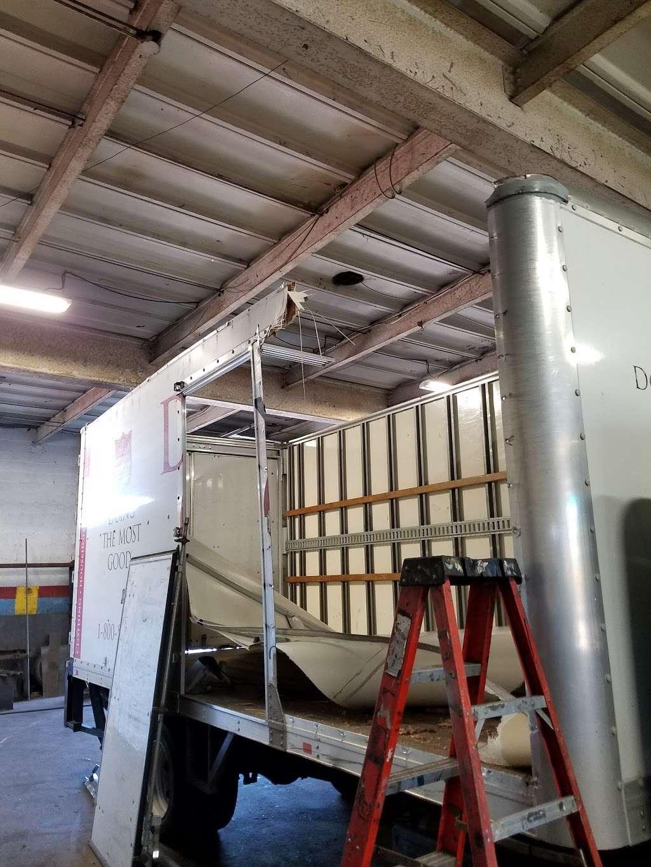 Citiwide Truck Repair - car repair  | Photo 9 of 10 | Address: 324 Manhattan Ave, Jersey City, NJ 07307, USA | Phone: (201) 721-6200