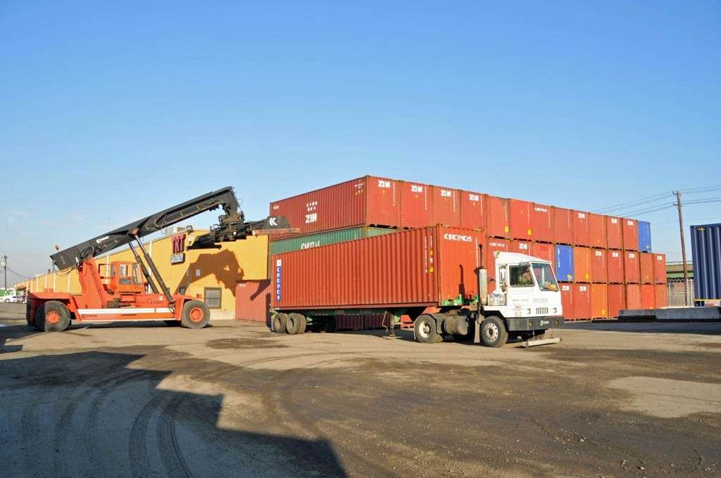 TRT International - moving company  | Photo 4 of 10 | Address: 250 Port St, Newark, NJ 07114, USA | Phone: (973) 344-7100