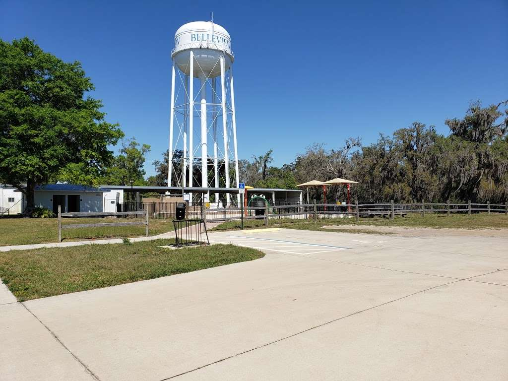 Lake Lillian - park    Photo 3 of 8   Address: SE Robinson Rd, Belleview, FL 34420, USA   Phone: (352) 245-7021
