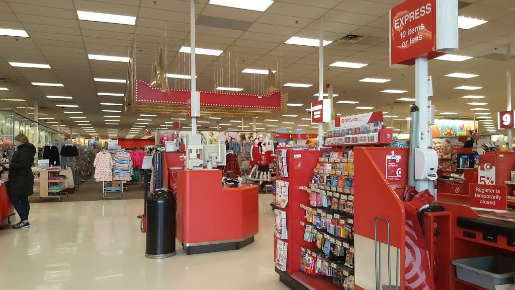 Target - department store    Photo 5 of 10   Address: 333 N 48th St, Lincoln, NE 68504, USA   Phone: (402) 464-8292