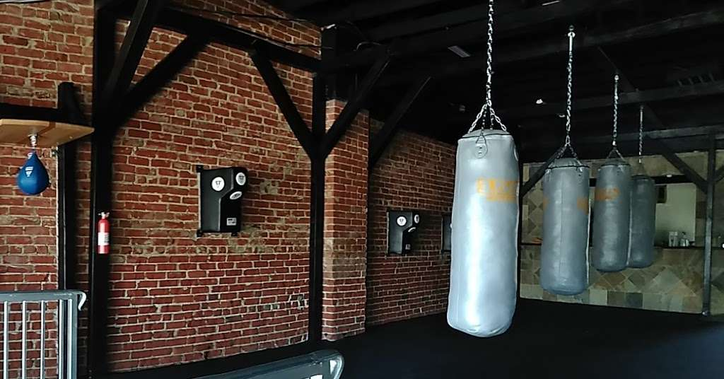 15th Round Boxing - gym  | Photo 8 of 9 | Address: 245 S Rosemead Blvd, Pasadena, CA 91107, USA | Phone: (818) 930-4820