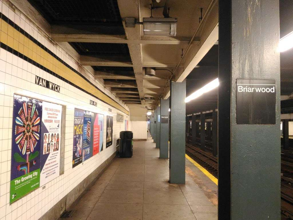 Briarwood - Van Wyck Blvd - subway station    Photo 8 of 10   Address: &, Queens Blvd & Main St, Briarwood, NY 11435, USA