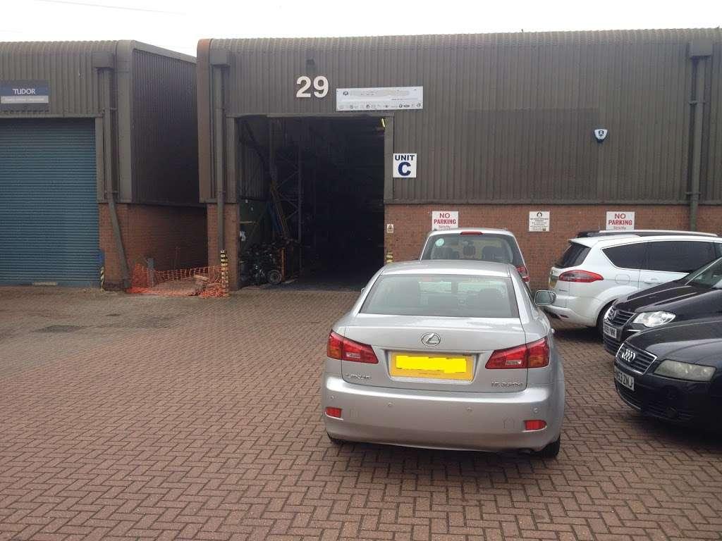 Auto Trans Tech UK - car repair    Photo 4 of 10   Address: 29 Thurrock Commercial Centre, Purfleet Industrial Park, Purfleet RM15 4YD, UK   Phone: 020 8539 5376