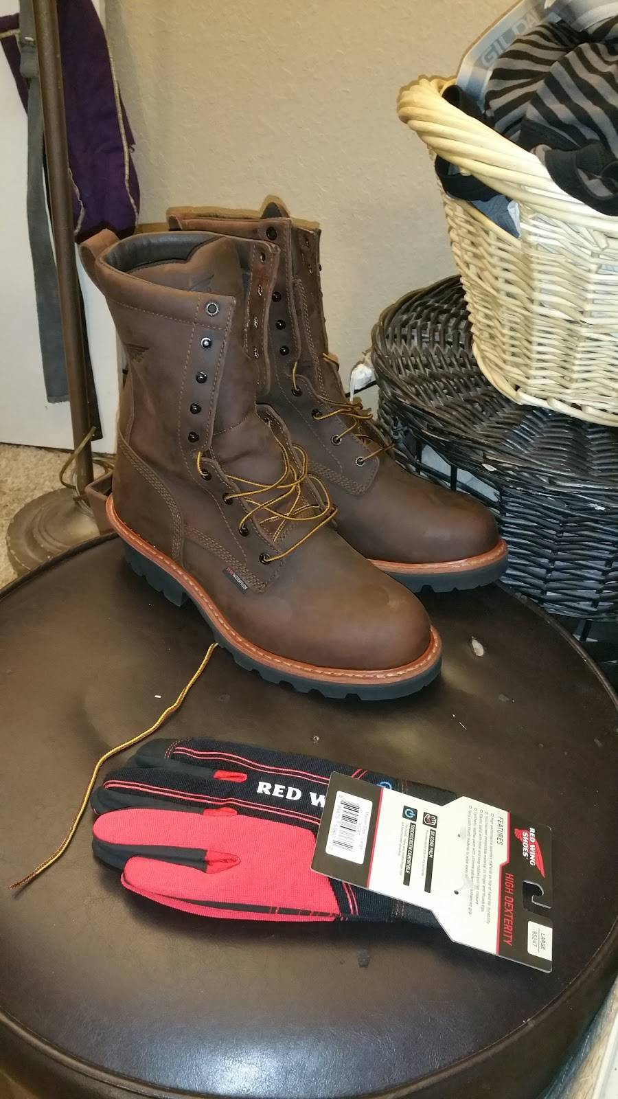 Red Wing - shoe store    Photo 3 of 4   Address: 9538 N Garnett Rd Ste 101, Owasso, OK 74055, USA   Phone: (918) 609-6118