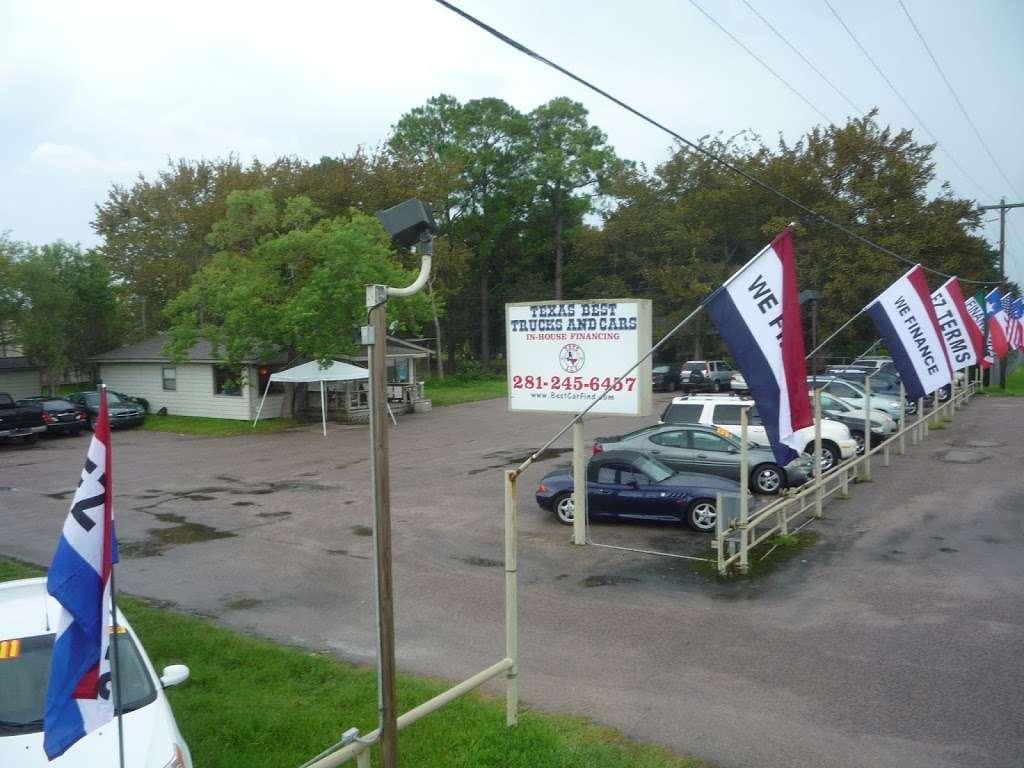 Texas Best Trucks and Cars - car dealer  | Photo 4 of 6 | Address: 19686 TX-35, Alvin, TX 77511, USA | Phone: (281) 245-6457