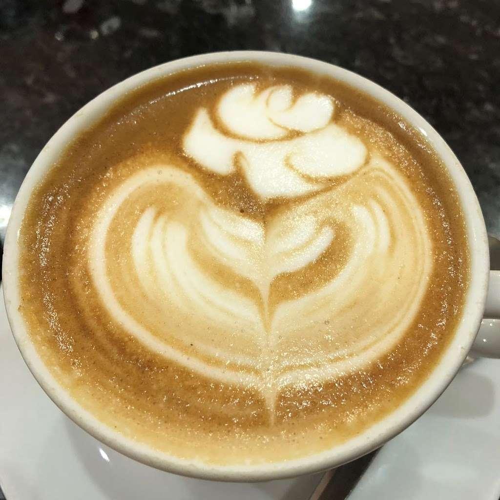 Valley Cafe - cafe    Photo 2 of 10   Address: 155 Sewardstone Rd, London, Chingford E4 7PA, UK   Phone: 01992 716680