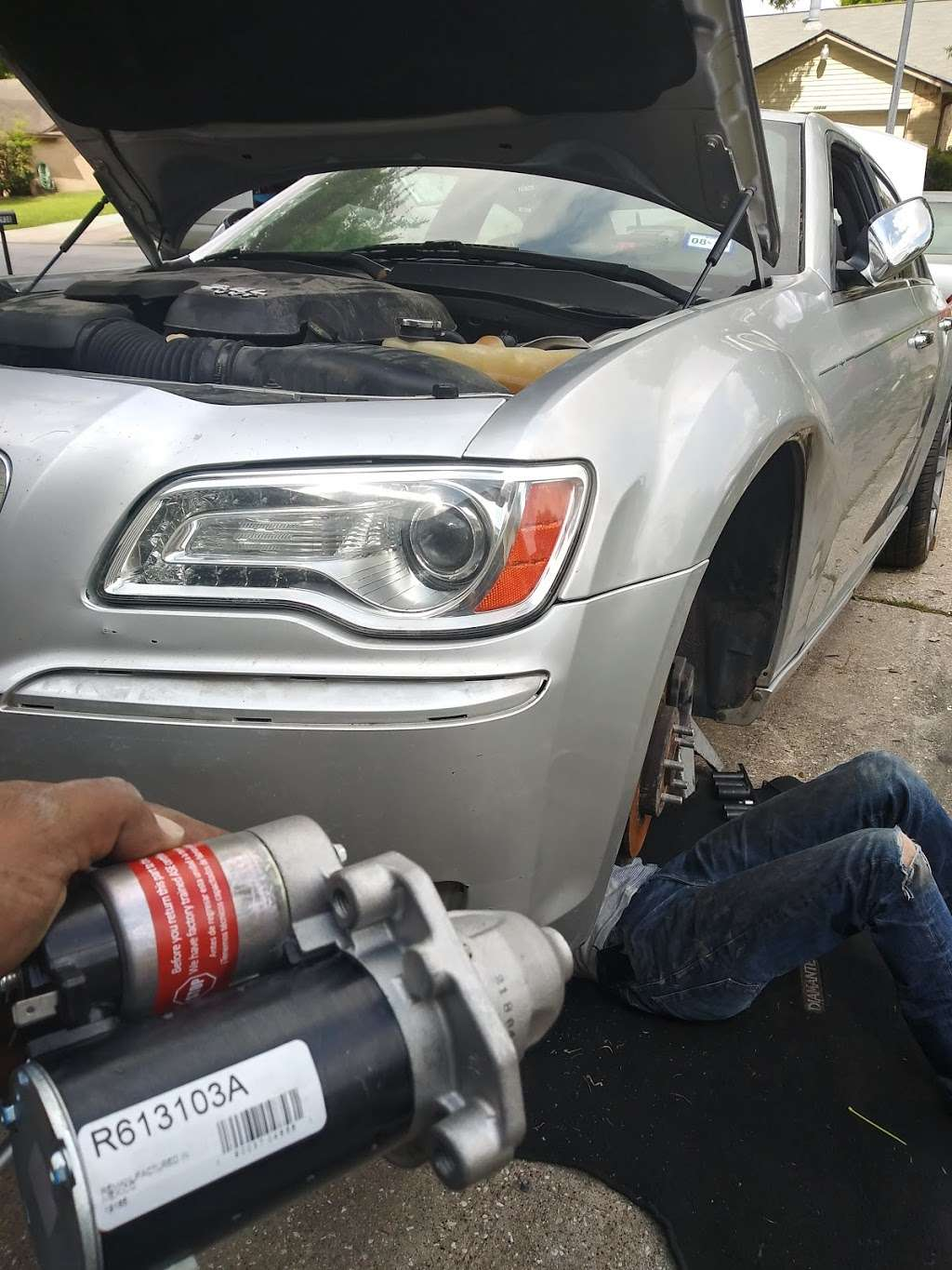 Experts Mobile Mechanic / Mecanico Electrico A Domicilio - car repair  | Photo 5 of 7 | Address: 4044 East Fwy, Baytown, TX 77521, USA | Phone: (832) 808-1049