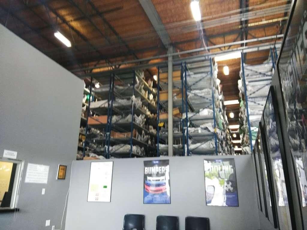 Keystone Automotive - Los Angeles - car repair  | Photo 3 of 10 | Address: 13642 Orden Dr, Santa Fe Springs, CA 90670, USA | Phone: (800) 243-4340