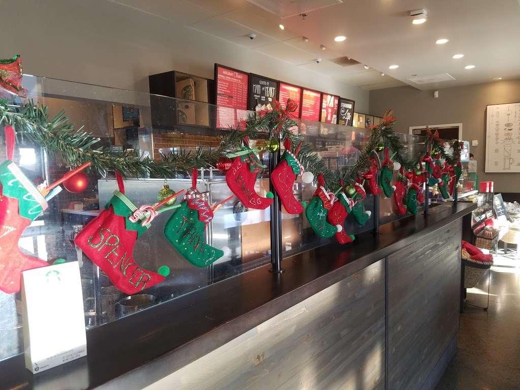 Starbucks - cafe  | Photo 5 of 10 | Address: 20451 Alton Pkwy, Lake Forest, CA 92610, USA | Phone: (949) 322-3785