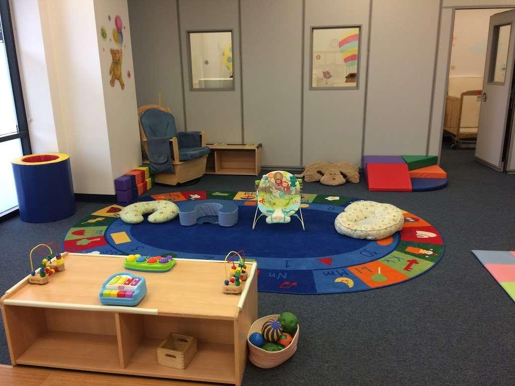 Apple Montessori Schools & Camps - Hoboken - school  | Photo 3 of 10 | Address: 1055 Maxwell Ln, Hoboken, NJ 07030, USA | Phone: (201) 963-4949