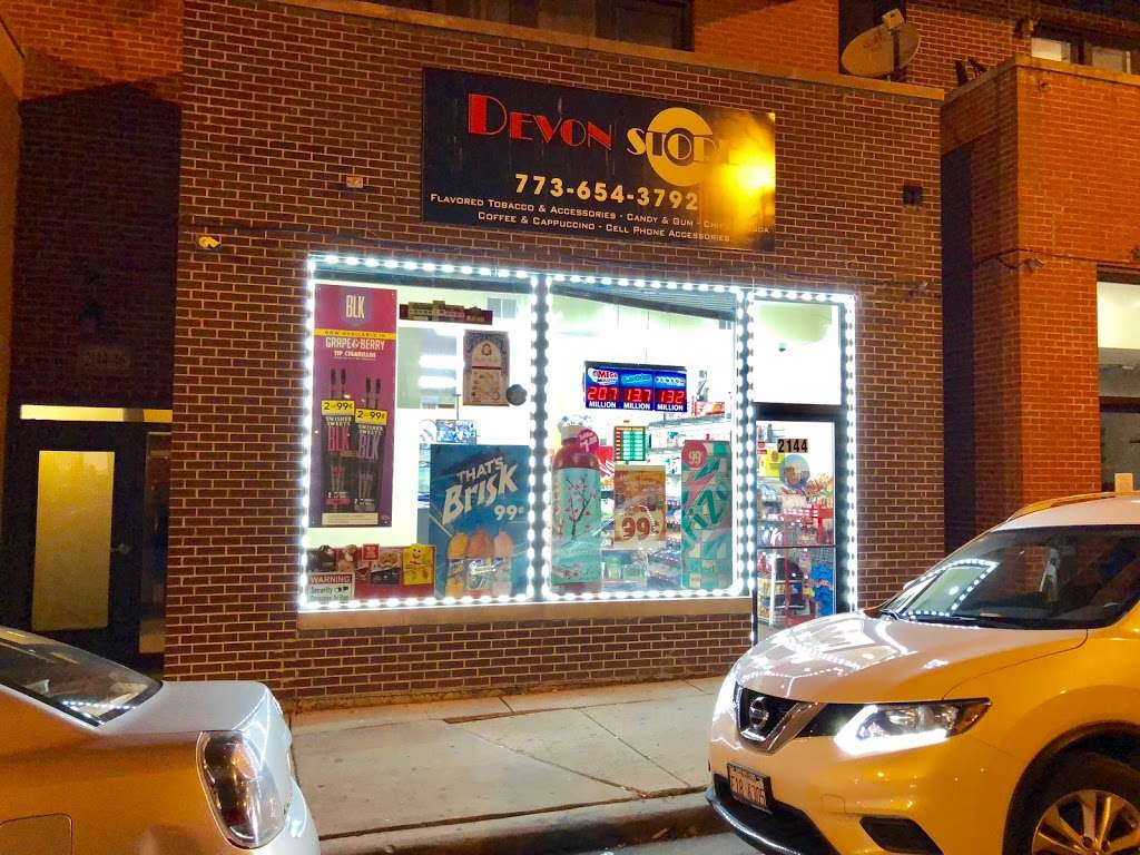 Devon C Store - convenience store  | Photo 2 of 10 | Address: 2144 W Devon Ave, Chicago, IL 60659, USA | Phone: (773) 654-3792