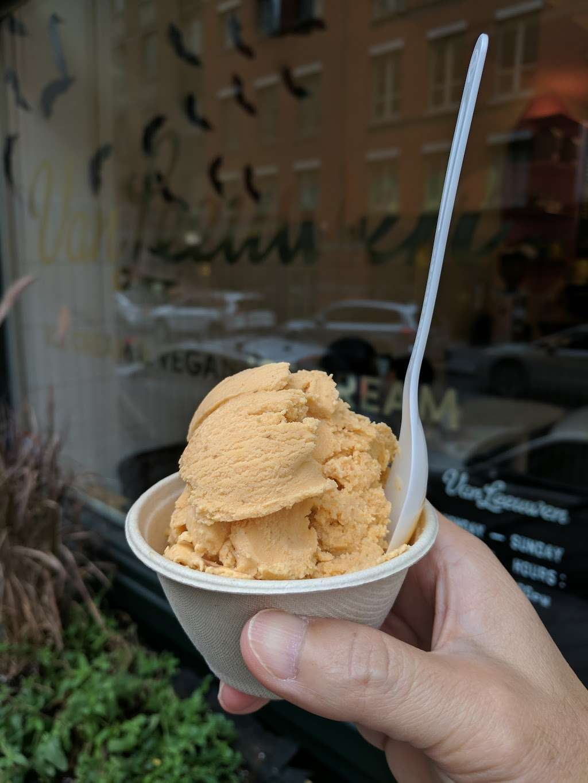 Van Leeuwen Ice Cream - cafe  | Photo 7 of 10 | Address: 224 Front St, New York, NY 10038, USA | Phone: (917) 261-6376