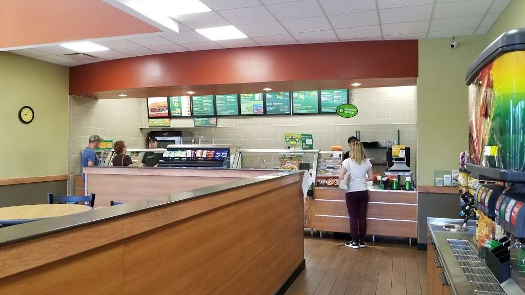 Subway Restaurants - restaurant  | Photo 2 of 10 | Address: 1660 15th Ave, Union Grove, WI 53182, USA | Phone: (262) 878-7897