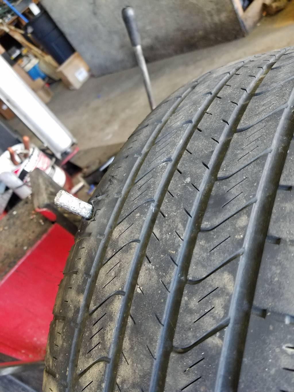 Carolyns Tires - car repair  | Photo 6 of 7 | Address: 744 Forestdale Blvd, Birmingham, AL 35214, USA | Phone: (205) 791-0204
