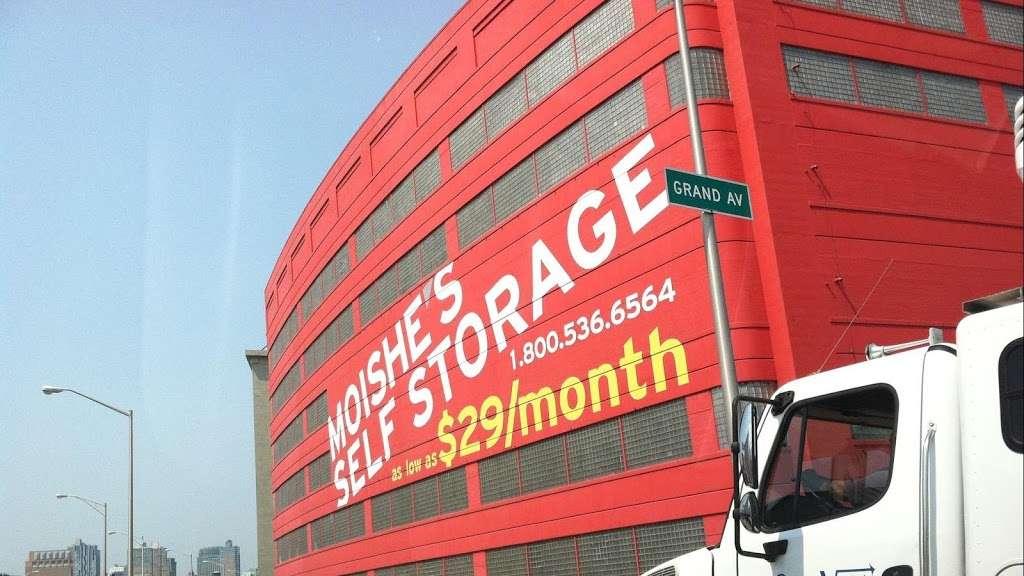 Moishes Self Storage - storage  | Photo 1 of 7 | Address: 930 Newark Ave, Jersey City, NJ 07306, USA | Phone: (201) 659-0669