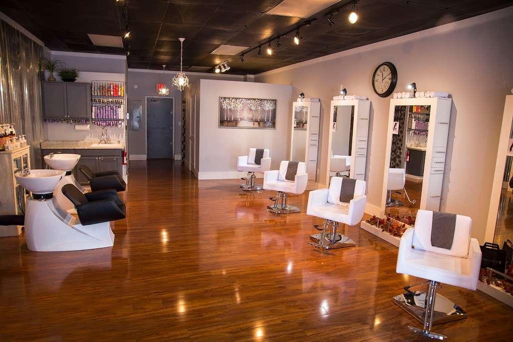 Vogue On 54 Salon & Spa - spa  | Photo 2 of 10 | Address: 36666 W Bluewater Run #7, Selbyville, DE 19975, USA | Phone: (302) 564-7428