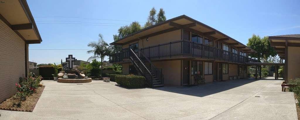 Salvation Army Church - church  | Photo 2 of 10 | Address: 1710 W Edinger Ave, Santa Ana, CA 92704, USA | Phone: (714) 545-2937