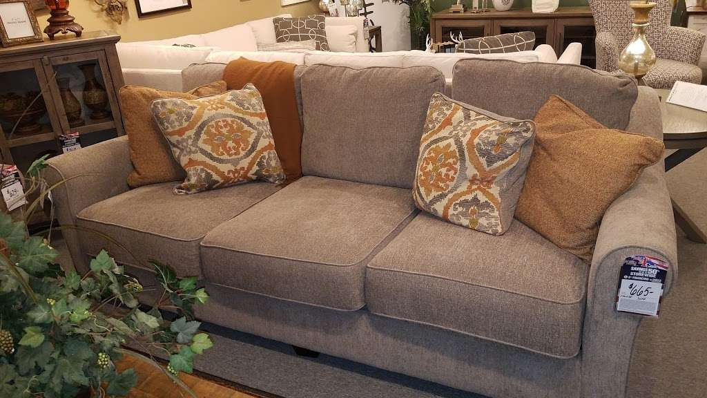 Furniture Barn 791 S Dupont Hwy New