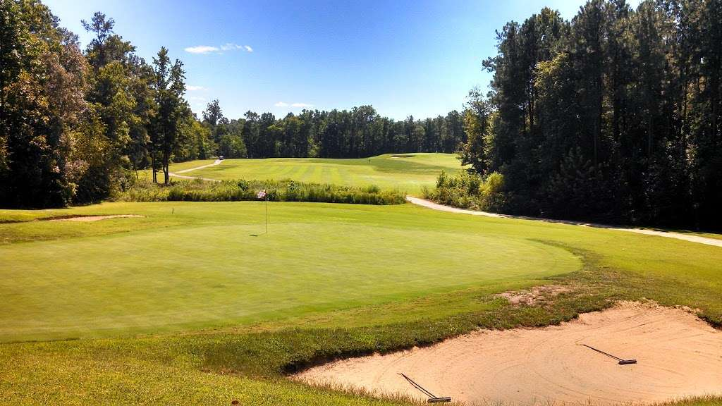 Queenfield Golf Club - school  | Photo 2 of 10 | Address: 1896 Dabneys Mill Rd, Manquin, VA 23106, USA | Phone: (804) 769-8838