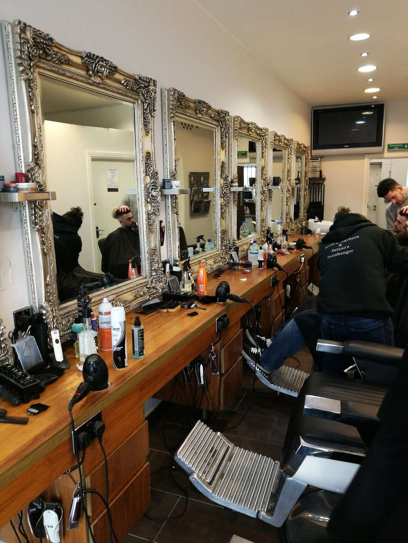 Scotts Of Welwyn - hair care  | Photo 1 of 4 | Address: 115A Moors Walk, Welwyn Garden City AL7 2BQ, UK | Phone: 01707 390690