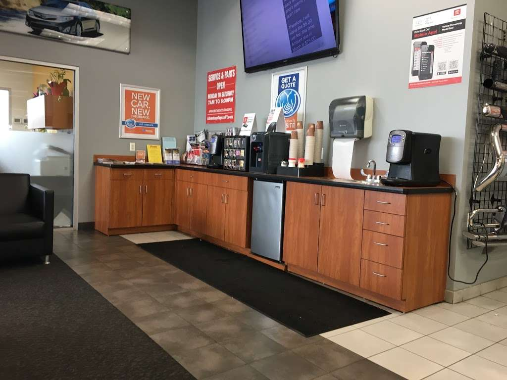 Advantage Toyota - Service Department - car repair    Photo 2 of 2   Address: 400 W Sunrise Highway Service Building, Valley Stream, NY 11581, USA   Phone: (516) 887-3200