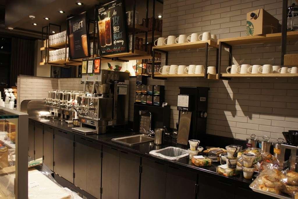 Starbucks - cafe  | Photo 9 of 10 | Address: 26-14 Jackson Ave, Long Island City, NY 11101, USA | Phone: (347) 533-2101