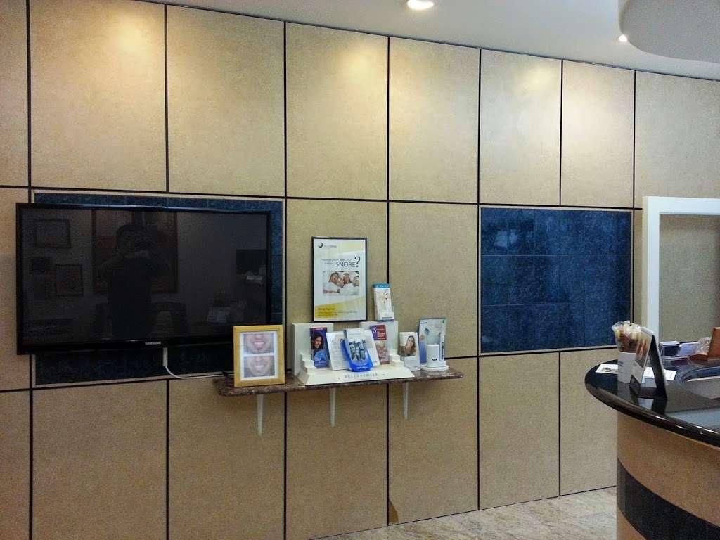 Hudson Dental Associates - dentist  | Photo 3 of 8 | Address: 725 River Rd #53, Edgewater, NJ 07020, USA | Phone: (201) 943-4000