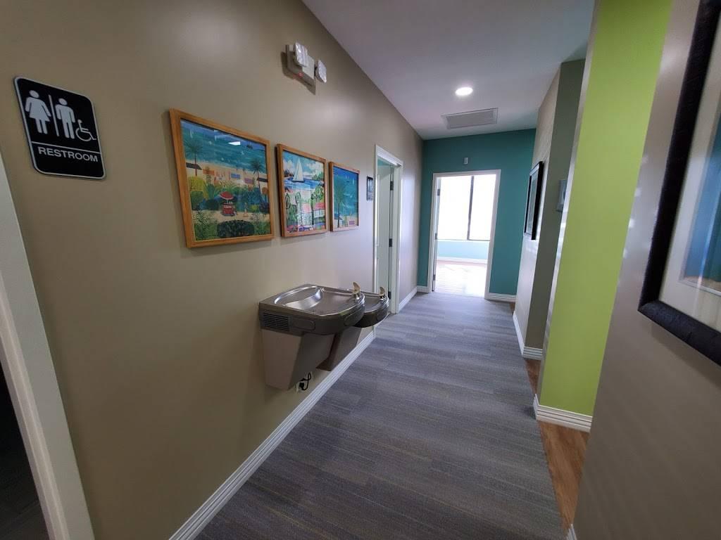 Klement Family Dental - dentist  | Photo 7 of 9 | Address: 425 22nd Ave N, St. Petersburg, FL 33704, USA | Phone: (727) 339-5833