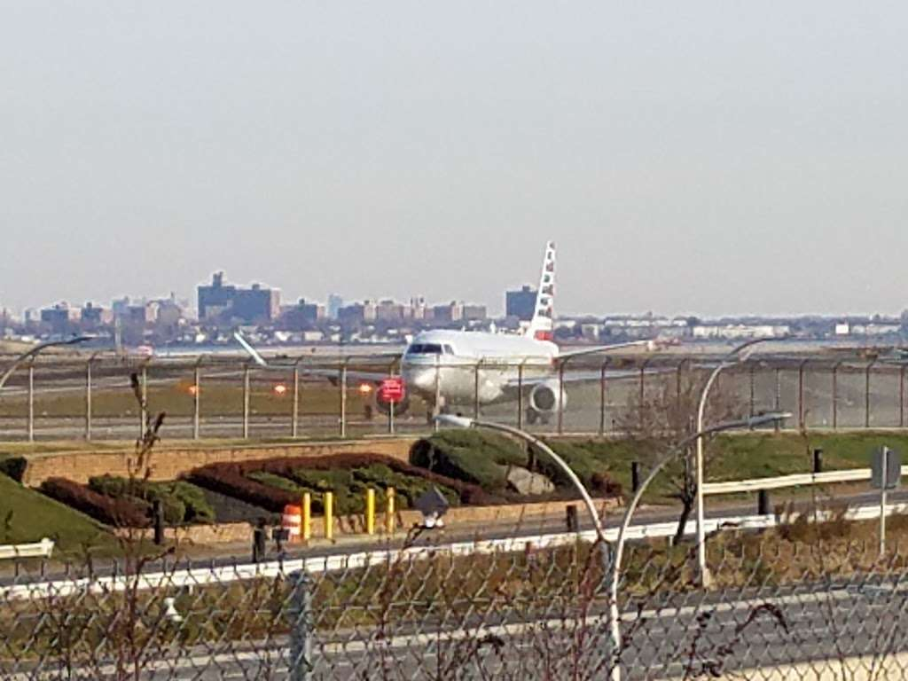 Planeview Park - park  | Photo 3 of 10 | Address: Ditmars Blvd, East Elmhurst, NY 11369, USA | Phone: (212) 639-9675