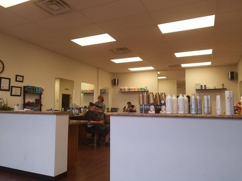 Selena Family Hair Salon - hair care  | Photo 4 of 9 | Address: 900 Talbot Ave F, Canutillo, TX 79835, USA | Phone: (915) 877-9098