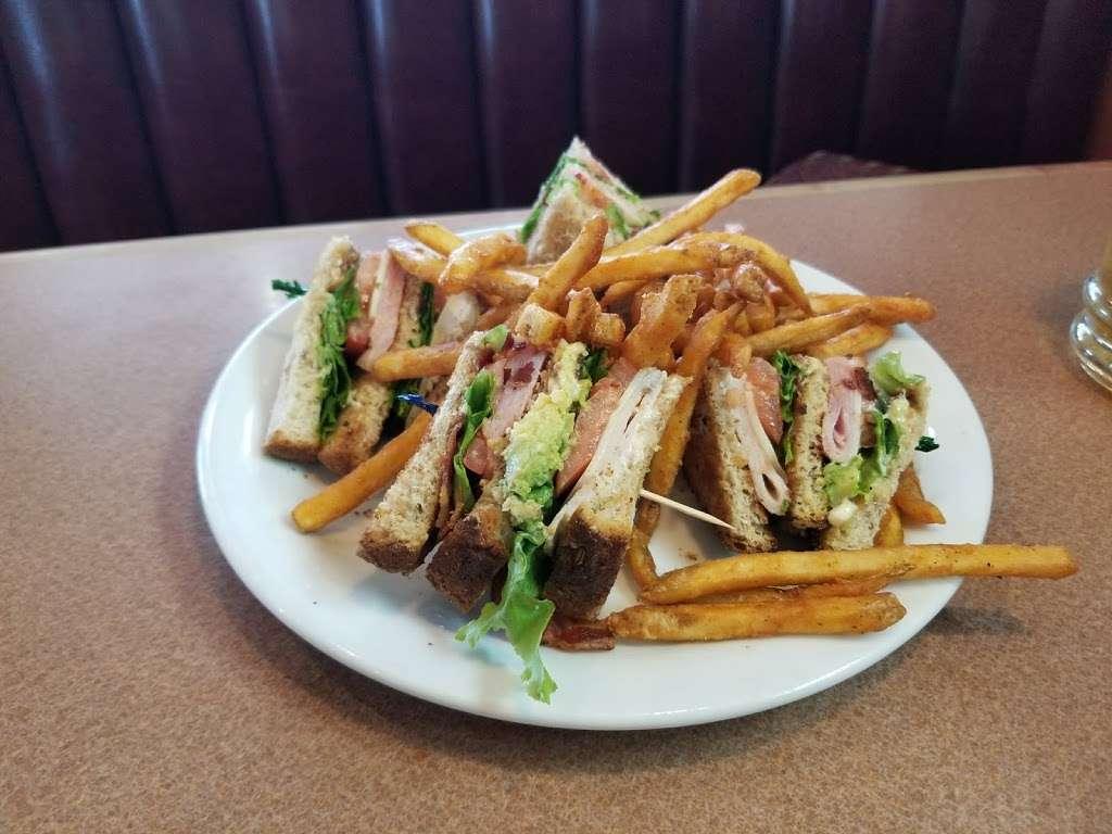 Dennys - restaurant  | Photo 1 of 10 | Address: 6920 S Fry Rd, Katy, TX 77494, USA | Phone: (281) 347-1333