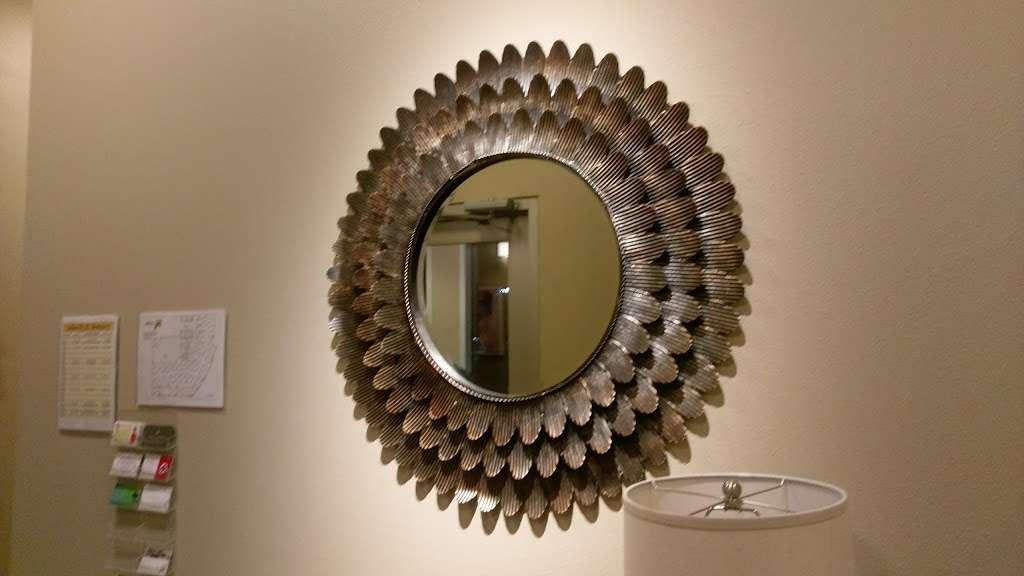 Salons By JC - hair care    Photo 6 of 10   Address: 3865 Wilson Blvd, Arlington, VA 22203, USA   Phone: (703) 282-2178