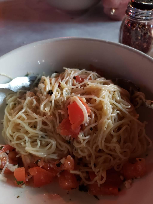 Margies Original Italian Kitchen - restaurant  | Photo 4 of 7 | Address: 9805 Camp Bowie W Blvd, Fort Worth, TX 76116, USA | Phone: (817) 244-4301
