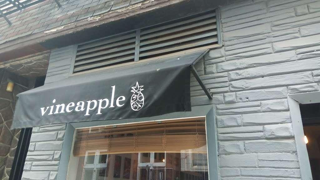 Vineapple Cafe - cafe  | Photo 3 of 10 | Address: 71 Pineapple St, Brooklyn, NY 11201, USA | Phone: (347) 799-1701