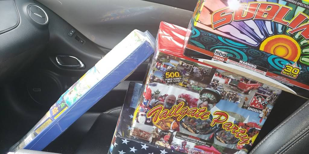 C4 Fireworks - store  | Photo 2 of 6 | Address: 1335 Corydon Pike, New Albany, IN 47150, USA | Phone: (800) 800-2264