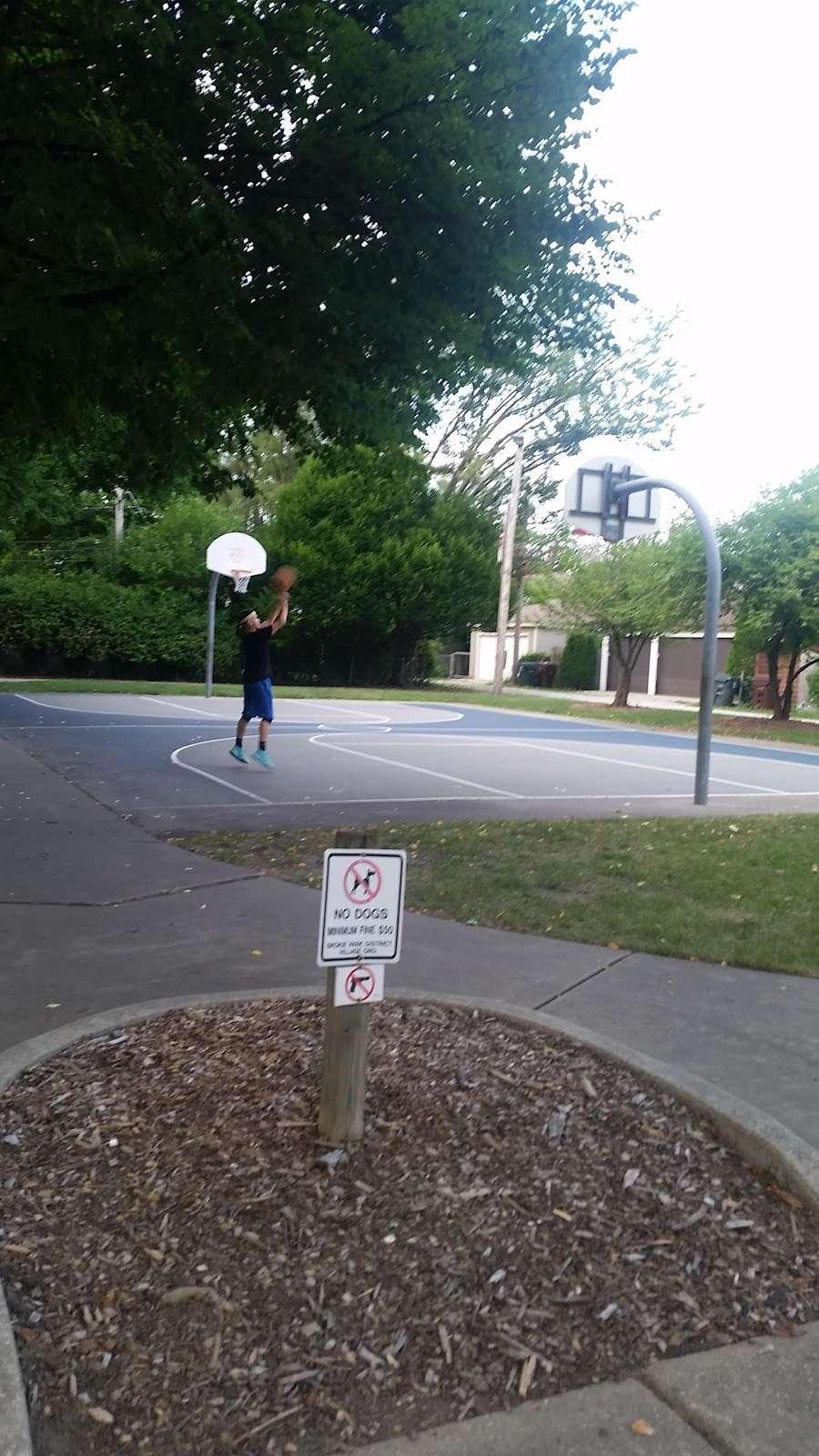 Shawnee Park - park  | Photo 10 of 10 | Address: Skokie, IL 60076, USA
