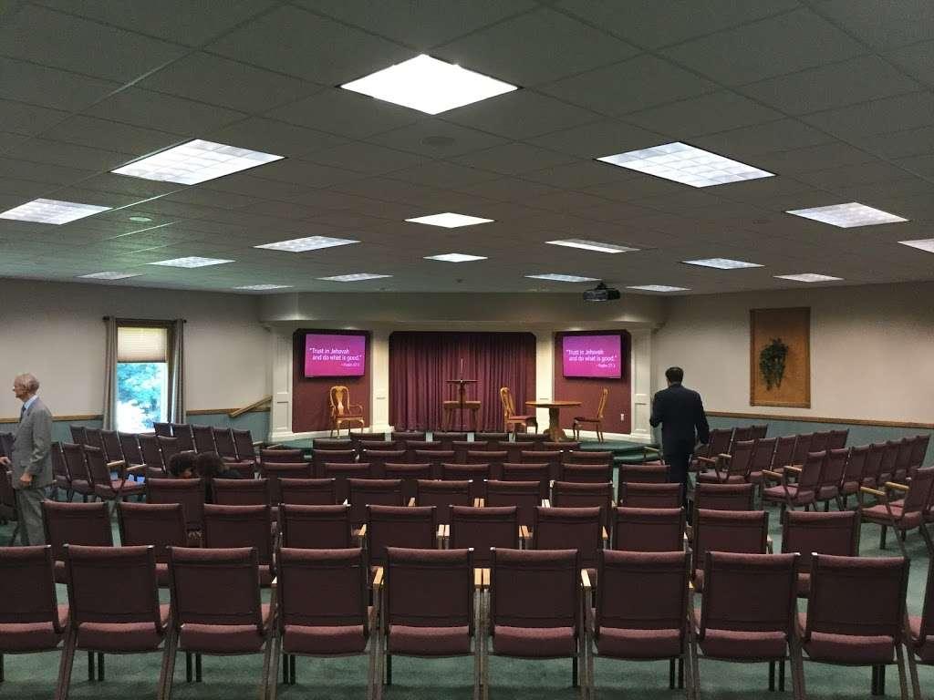 Kingdom Hall of Jehovahs Witnesses - church  | Photo 2 of 3 | Address: 1240 NY-22, Brewster, NY 10509, USA | Phone: (845) 279-8779