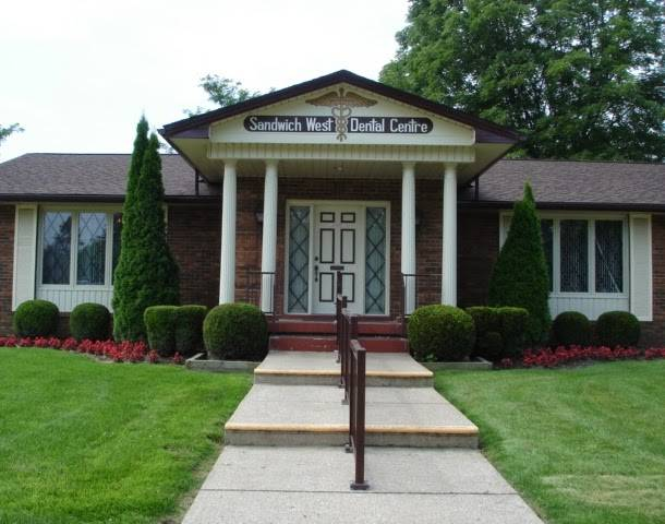 Sandwich West Dental Centre - dentist  | Photo 1 of 7 | Address: 5725 Malden Rd, Windsor, ON N9H 1R9, Canada | Phone: (519) 966-1616