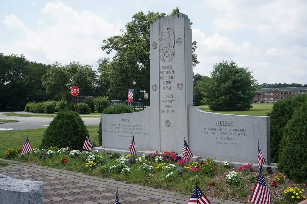 Livingston Public Library - library  | Photo 9 of 10 | Address: 10 Robert H Harp Dr, Livingston, NJ 07039, USA | Phone: (973) 992-4600