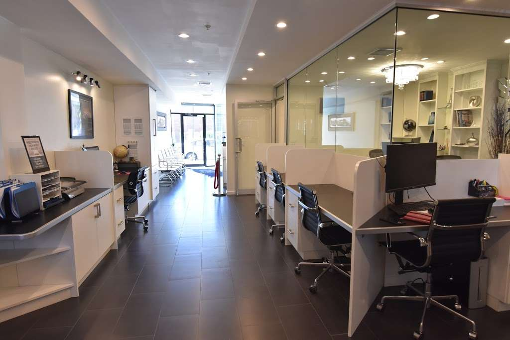 Judith And The Agudos Team - real estate agency  | Photo 2 of 10 | Address: 32-41 Junction Blvd, East Elmhurst, NY 11369, USA | Phone: (718) 255-9888