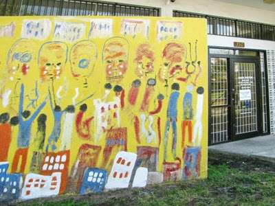 Culmer Overtown Branch Library - library  | Photo 5 of 9 | Address: 350 NW 13th St, Miami, FL 33136, USA | Phone: (305) 579-5322
