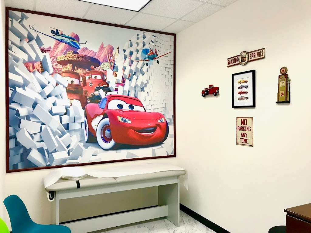 Partners In Care Pediatrics Pearland - doctor  | Photo 7 of 10 | Address: 7918 Broadway St #108, Pearland, TX 77581, USA | Phone: (281) 857-6171