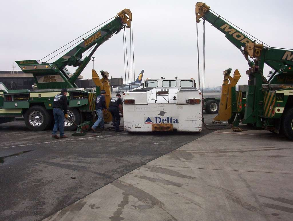 Moran Automotive and Towing, Inc. - moving company  | Photo 7 of 10 | Address: 34 Arlington Ave, Kearny, NJ 07032, USA | Phone: (201) 991-4660