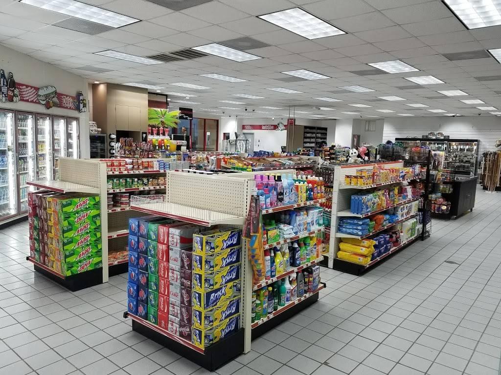 TRUCKEES - gas station  | Photo 7 of 7 | Address: 8140 US-77, Sinton, TX 78387, USA | Phone: (281) 449-9975